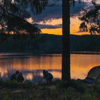 Friluftskurs med vandring och övernattning i tält